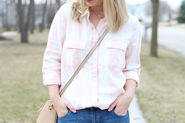 spring wear_pink and white buffalo check